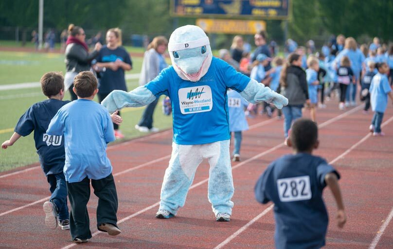 We had an amazing Dolphin Dash run this year for Walker-Winter Elementary