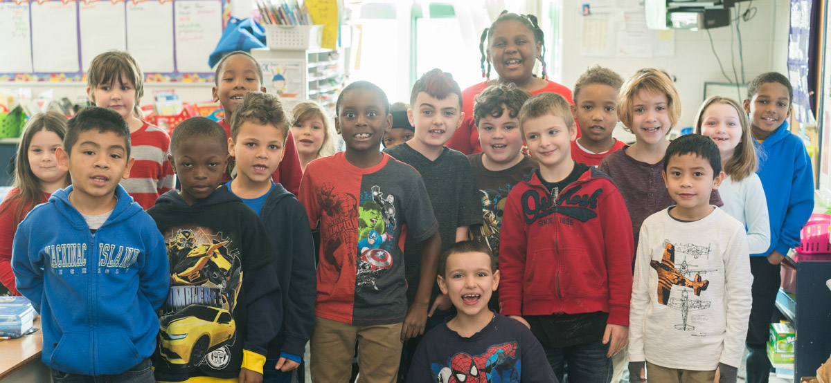 Groupshot of students at Taft Elementary