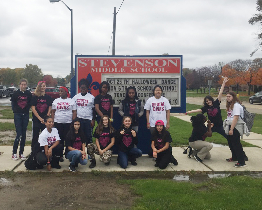 2018-11-15 - Get It Girls Club sponsored by the Michigan Council of Girls and technology 3