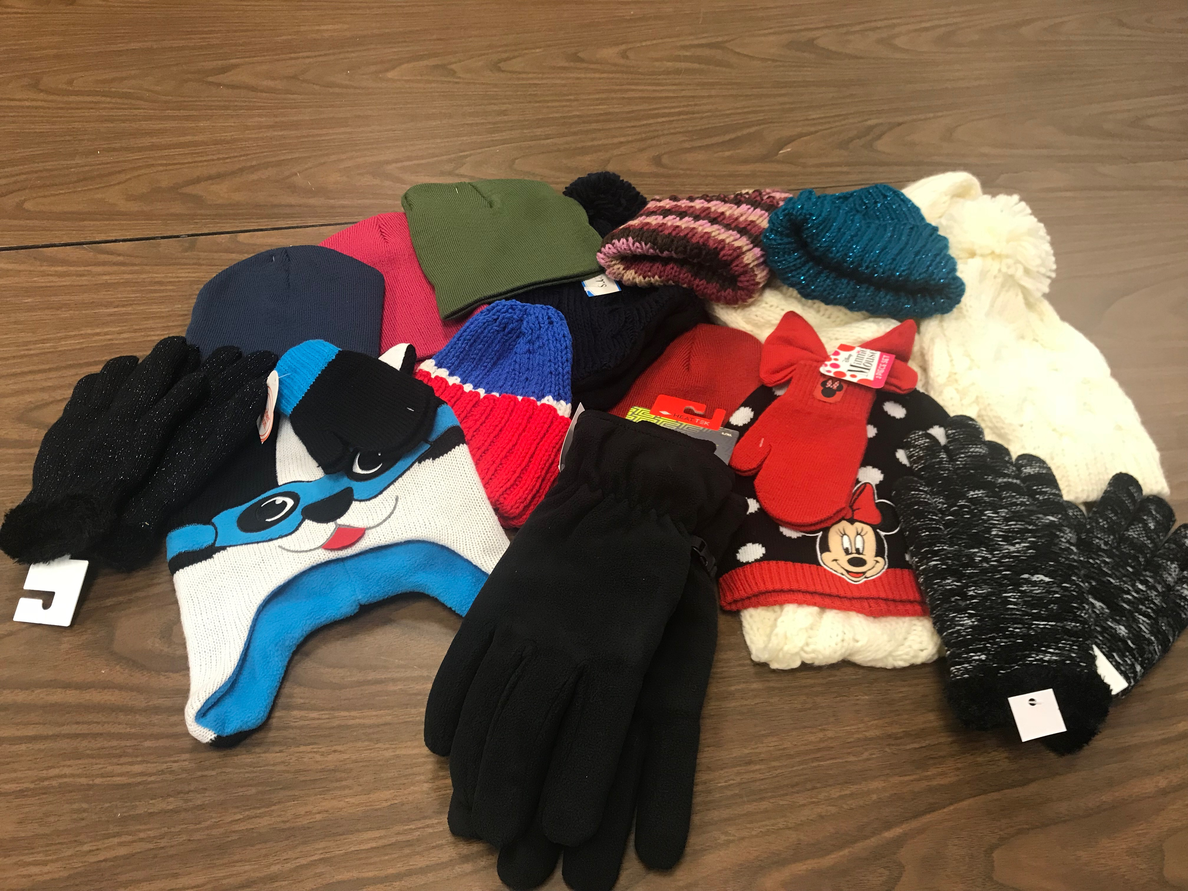 2018-12-10 - First United Methodist Church of Wayne donation of hats and gloves