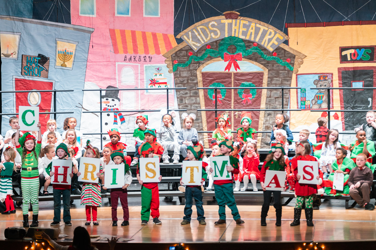 2018-12-14 - Schweitzer Holiday Play at Stottlemyer 10