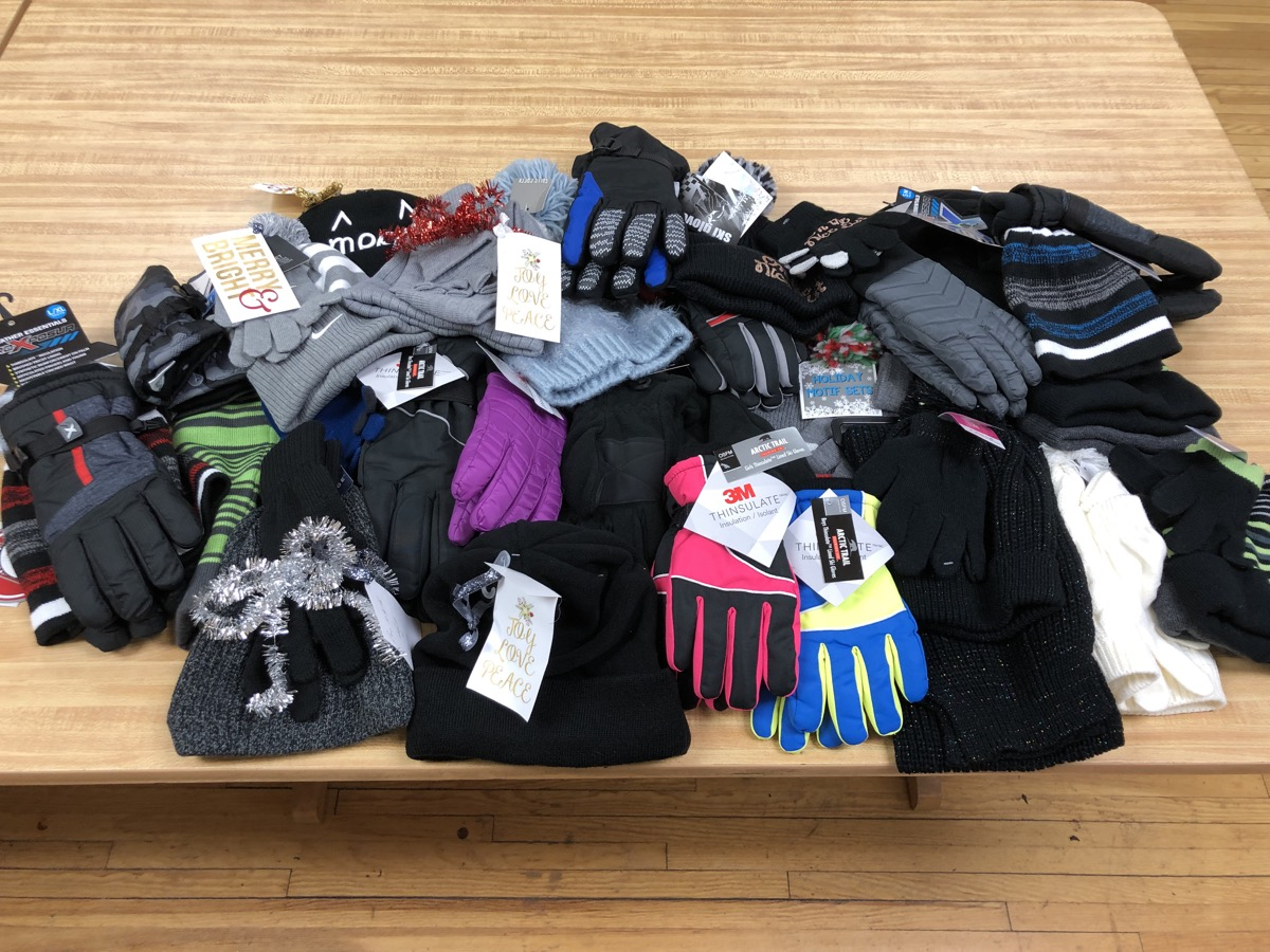 2018-12-18 - Donation of Gloves by Wade Trim
