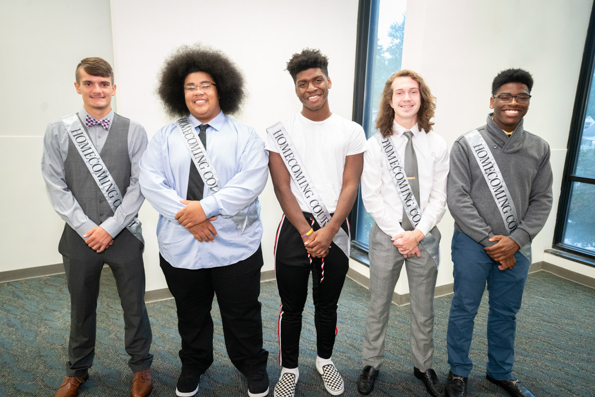 2018-19 Homecoming Court 5