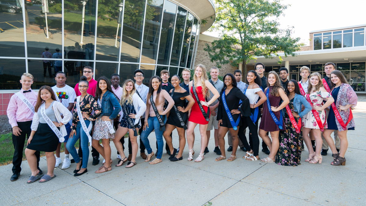 2018-19 JGHS Homecoming Court - All Students (wide)