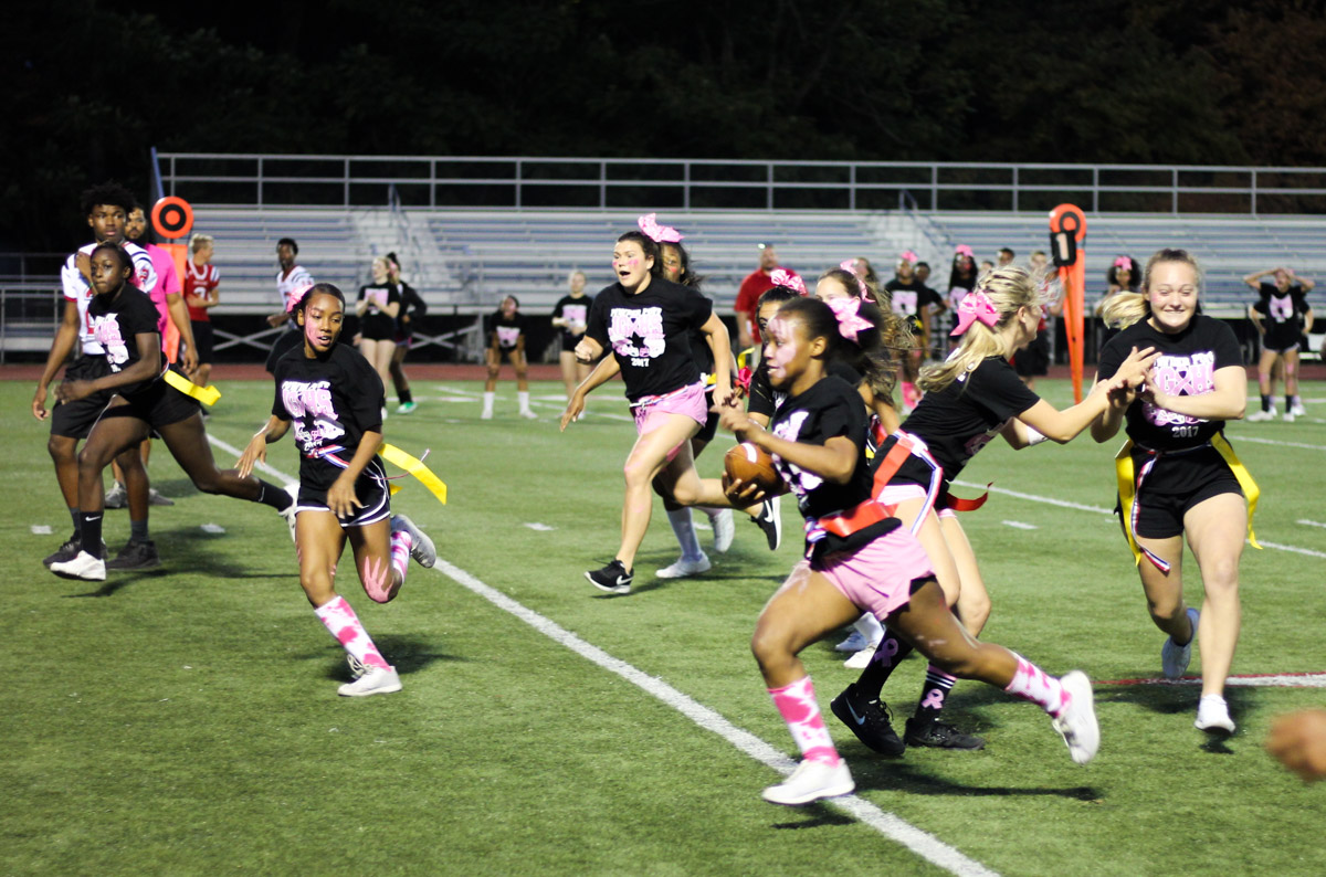 JGHS Powderpuff running with ball